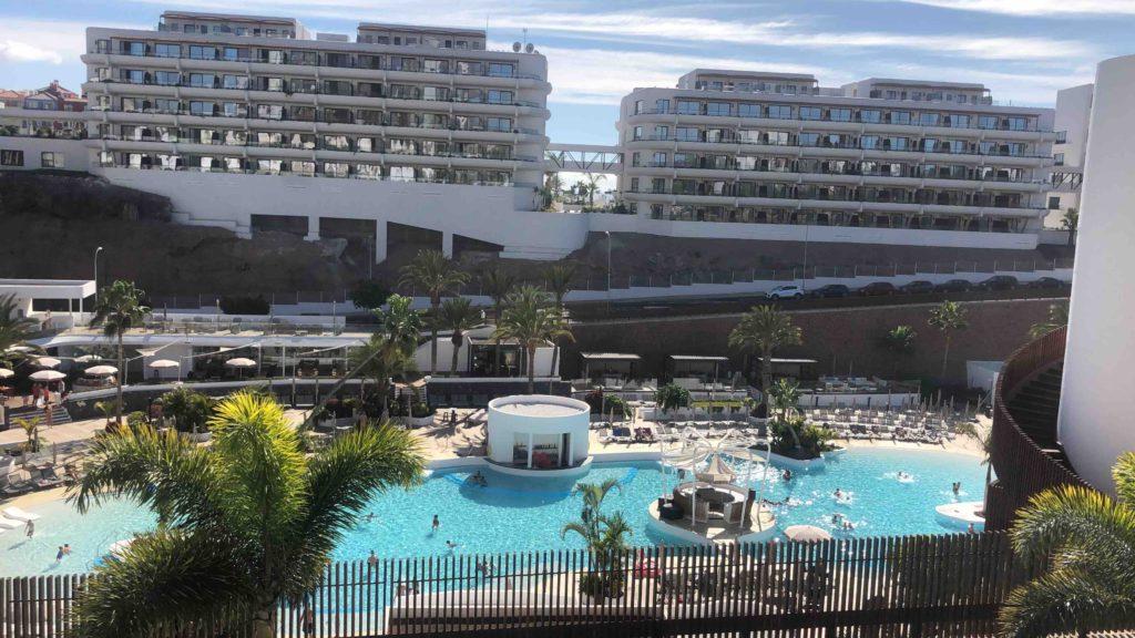 Hard-Rock-Hotel-beach-club