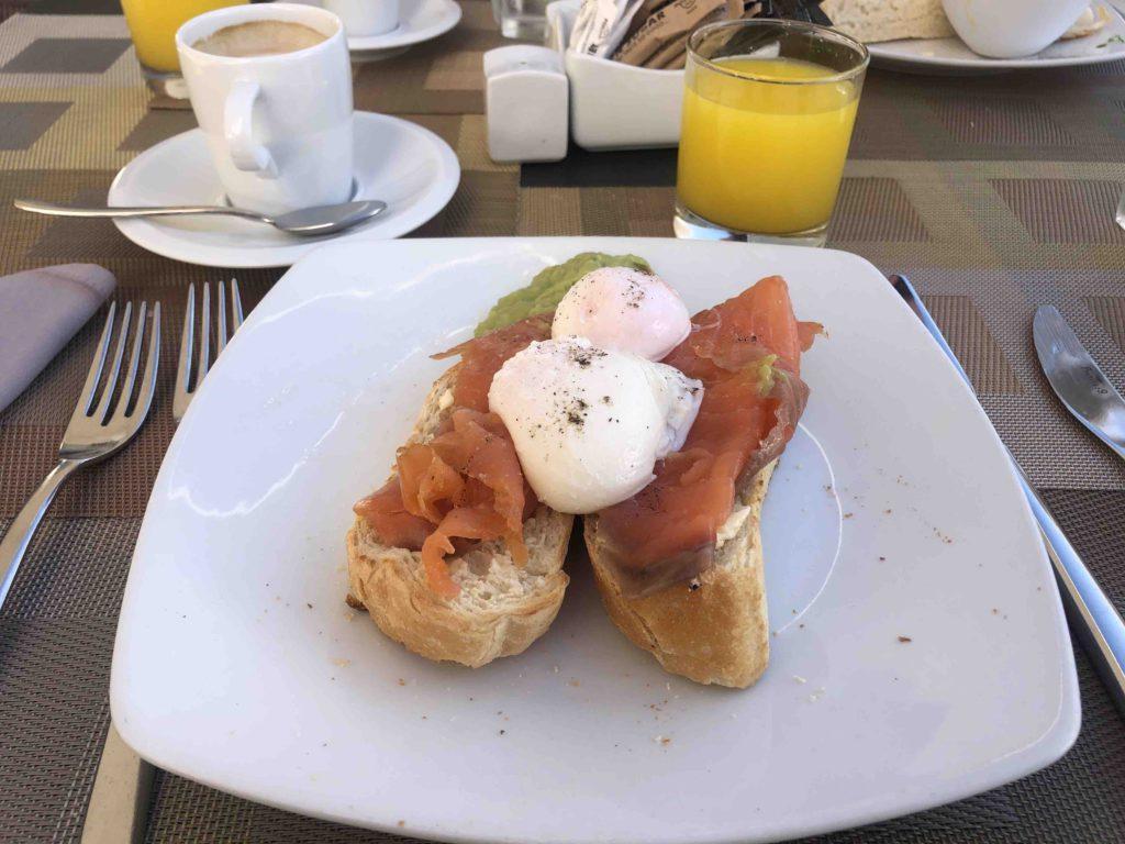 Hard-rock-hotel-breakfast