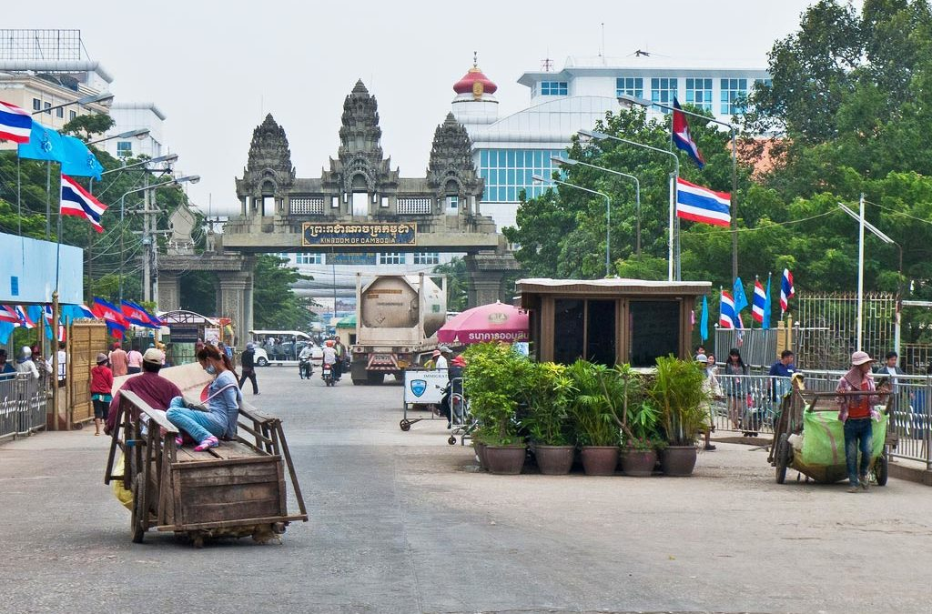 Crossing the Thai Cambodian border: The easy, scam free way!